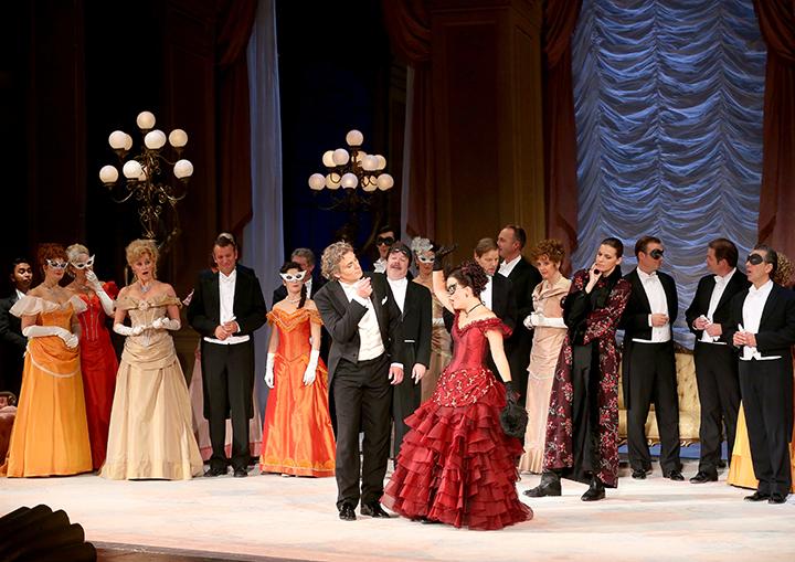 Photo:Dimo Dimov / Barbara Pálffy / Volksoper Wien