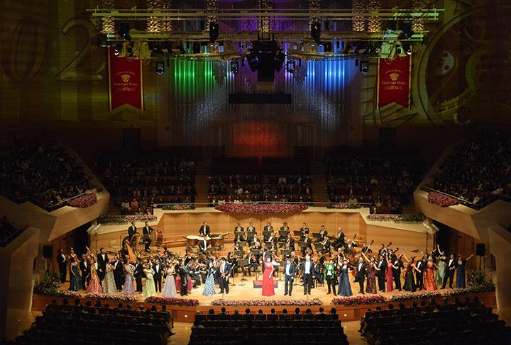 サントリーホール ジルヴェスター・コンサート2015〜2016 ウィーン・フォルクスオーパー交響楽団 【写真提供:サントリーホール】
