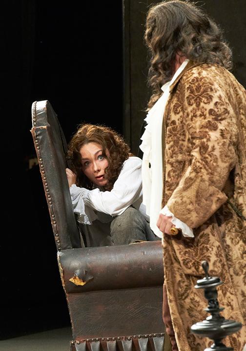 グリシュコヴァ演じるケルビーノ(ウィーン国立歌劇場2012年日本公演より)