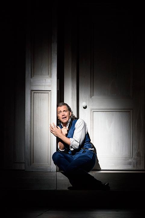 """カスパー・ホルテンはドン・ジョヴァンニにとっての最大の罰は""""孤独""""と考えている (写真は6月12日、ロンドンでの公演より) Photo:ROH / BILL COOPER"""