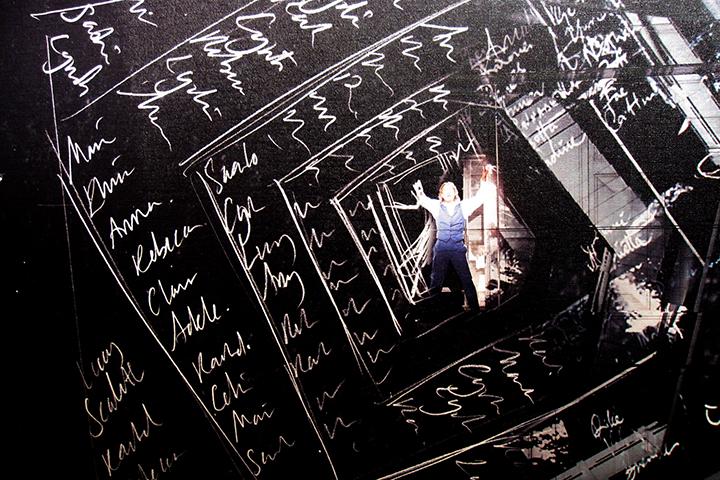 ドン・ジョヴァンニが〈シャンパンの歌〉を歌う場面の舞台デザイン画