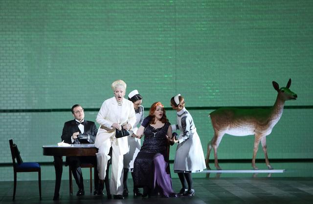 写真提供:バイエルン国立歌劇場STAATSOPER.TV日本広報事務局