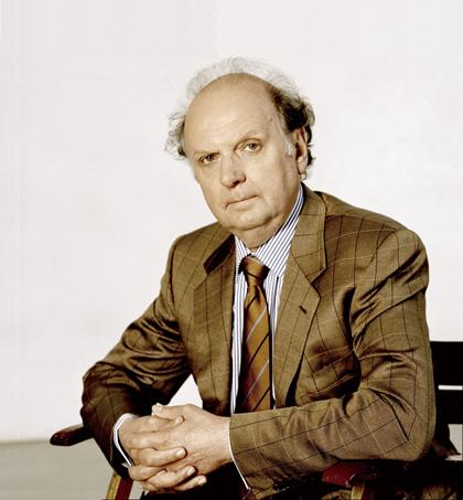 (C)Felix Broede