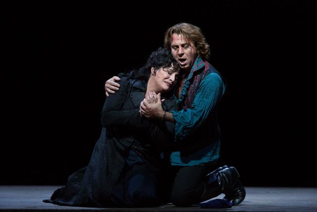 《トスカ》から(c)Ken Howard/Metropolitan Opera