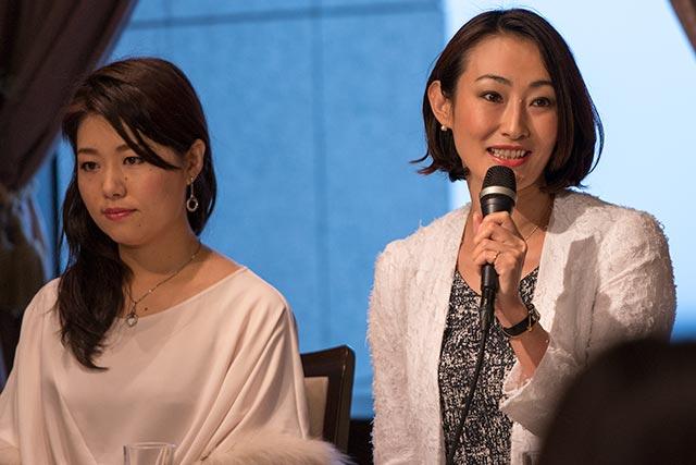 右:小川里美 左:伊藤晴