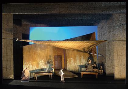『カルメン』の舞台模型