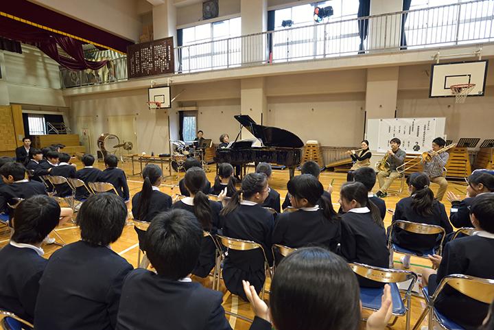 写真提供:東京都交響楽団 撮影:堀田力丸