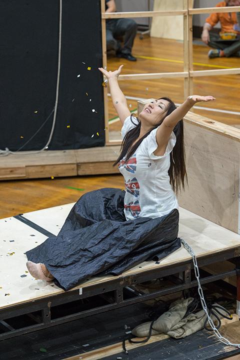 ダナエ(林正子) Photo:M.Terashi/TokyoMDE