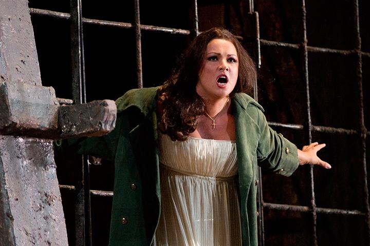 ネトレプコ (C) Marty Sohl / Metropolitan Opera