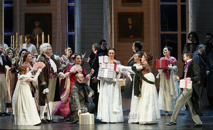第2幕 舞踏会  C)N.Razina