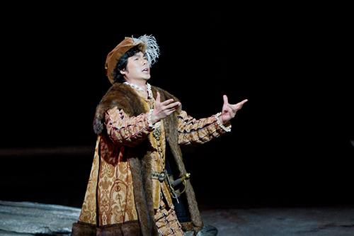主役級のキャンセルが相次いだ震災直後の2011年MET日本公演。  急遽代役出演で見事なカルロ役を披露し、公演を成功み導いた。 C)三浦興一