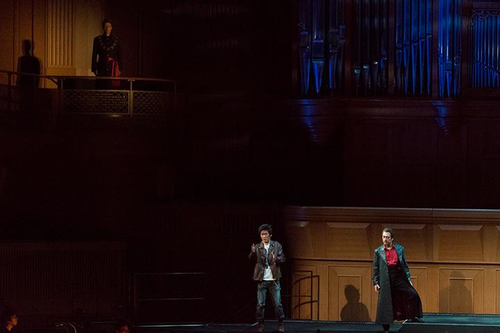 左から)騎士長:ジョン・ハオ レポレッロ:西尾岳史 ドン・ジョヴァンニ:黒田博