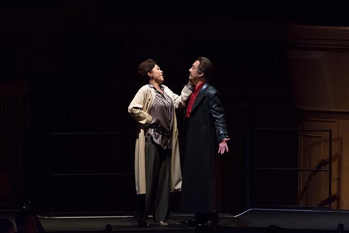 左)ドンナ・エルヴィラ:澤畑恵美 右)ドン・ジョヴァンニ:黒田博