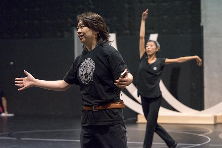 左から)王子タミーノ:鈴木准、佐東利穂子