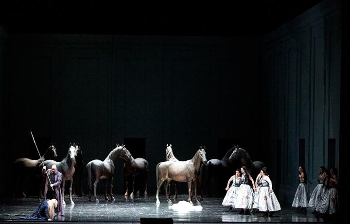 《ワルキューレ》(ウィーン国立歌劇場公演より) Photo:Wiener Staatsoper_Michael Poehn